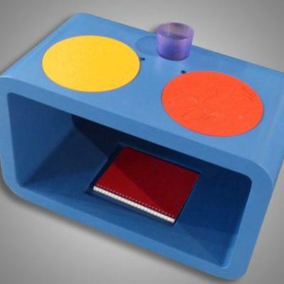 Table avec empreintes
